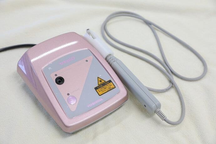 ワンヤ接骨院・鍼灸院の遠絡統合療法の機器の写真